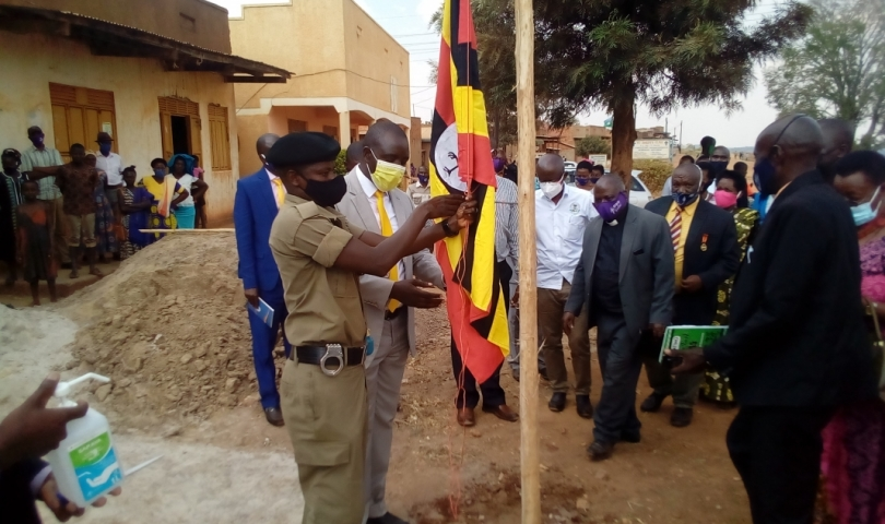 Hon Kyooma, Chair Happy and other leaders join in raising the flag to mark the beggining of Kanyarugiri Town Council